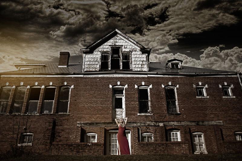 Dark House Photo High fashion