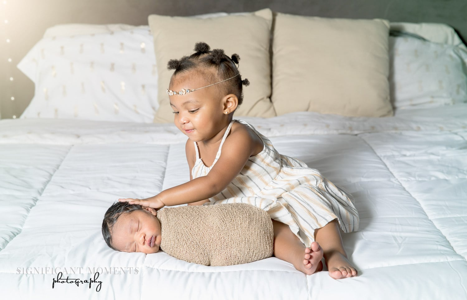 sister and brother newborn photography