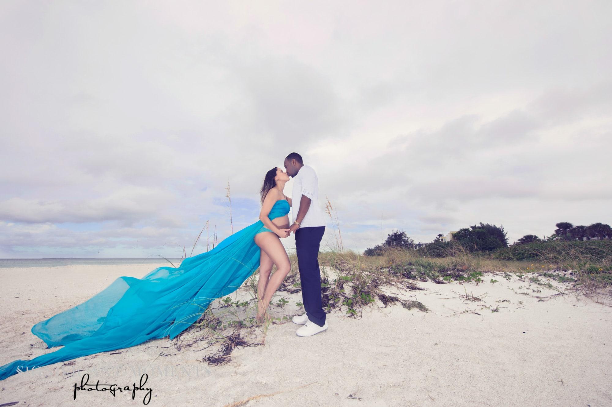 maternity beach photographer
